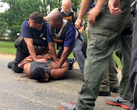 Преступник в Миссисипи расстрелял восемь человек