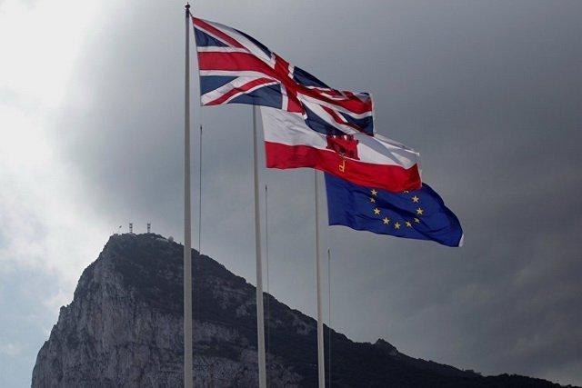 Украина говорит о безвизе с Гибралтаром