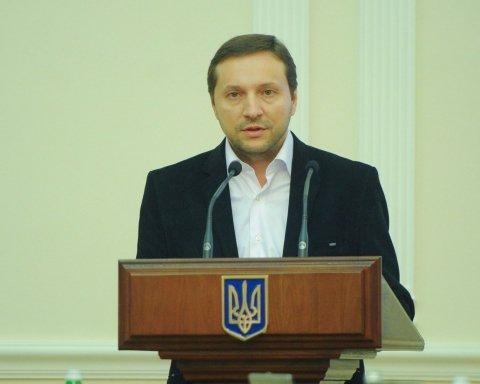 Українцям розповіли про доходи Стеця за минулий рік