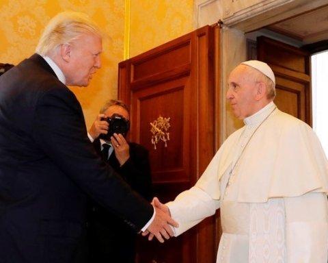 Дональд Трамп зустрівся з Папою Римським у Ватикані