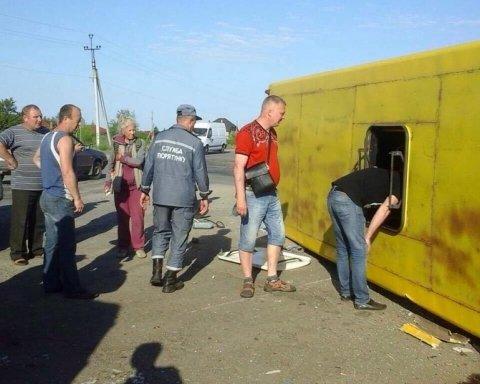 Обнародованы фото масштабного ДТП в Запорожской области