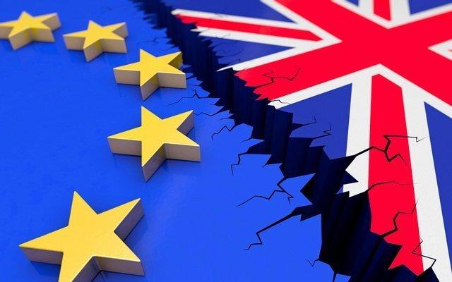 Brexit: в Лондоні загрожують вийти із переговорів з ЄС через гроші