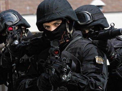 СБУ затримала учасників угрупування, пов'язаного з сепаратистами: опубліковано відео