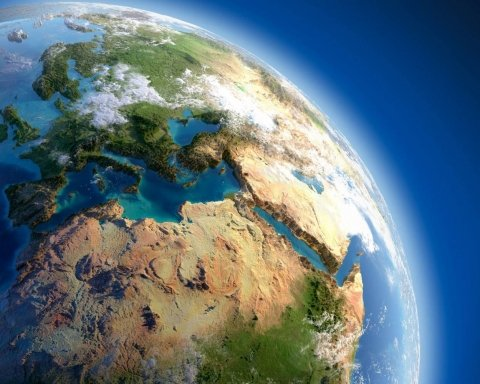 Ученые: Земля сошла с орбиты
