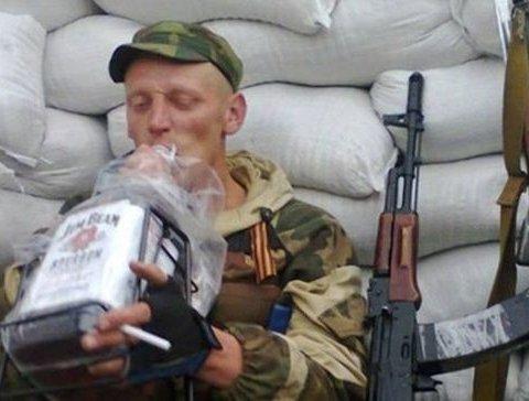 Пьяные боевики на Донбассе дезертировали и обстреляли «коллег»