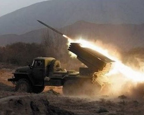 Война на Донбассе: боевики били из «Градов», есть раненые