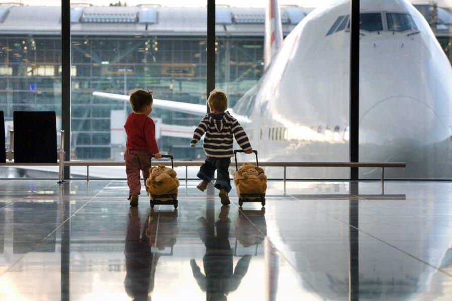 Держприкордонслужба розповіла особливості подорожування до ЄС дітьми