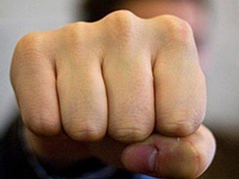 Депутати влаштували запеклу бійку під час сесії