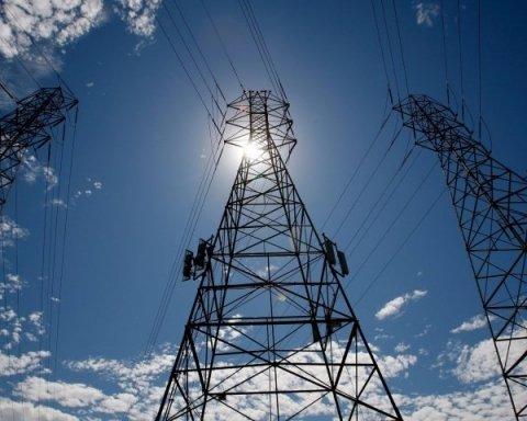 Україна об'єднує свої мережі з енергосистемою Європи