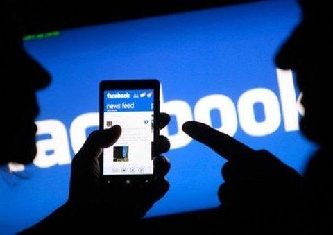 В Facebook сообщили, как борются с фейковыми новостями