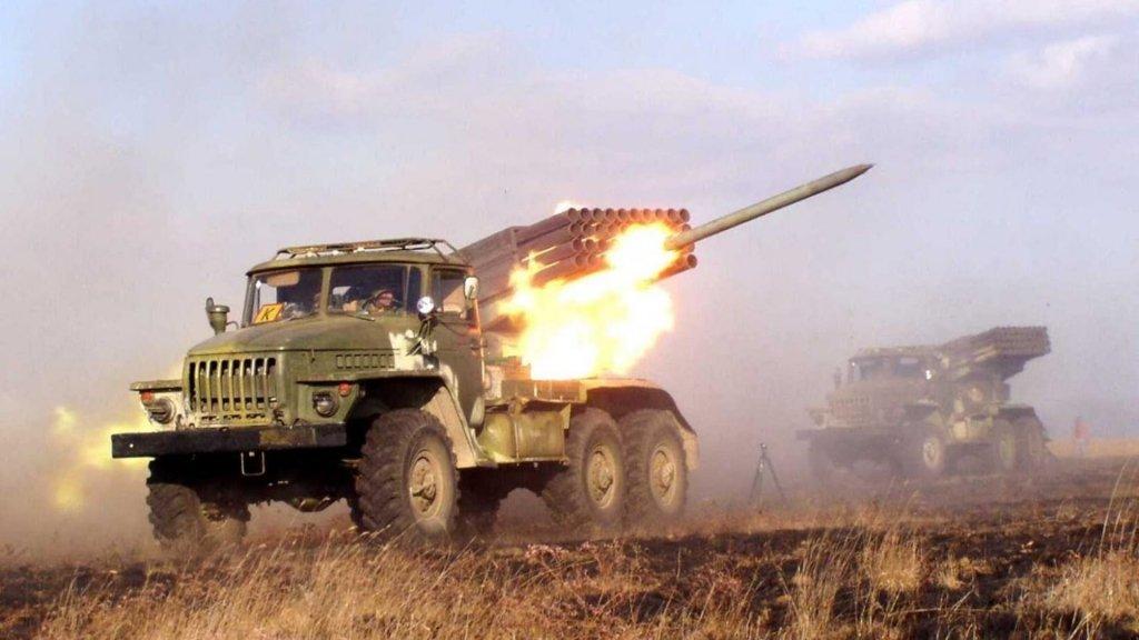 Бойовики на Донбасі обстріляли з «Градів» позиції ЗСУ