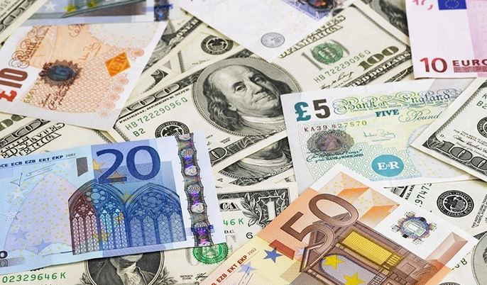 В Украине могут ввести ограничения на иностранную валюту: что приготовили в НБУ