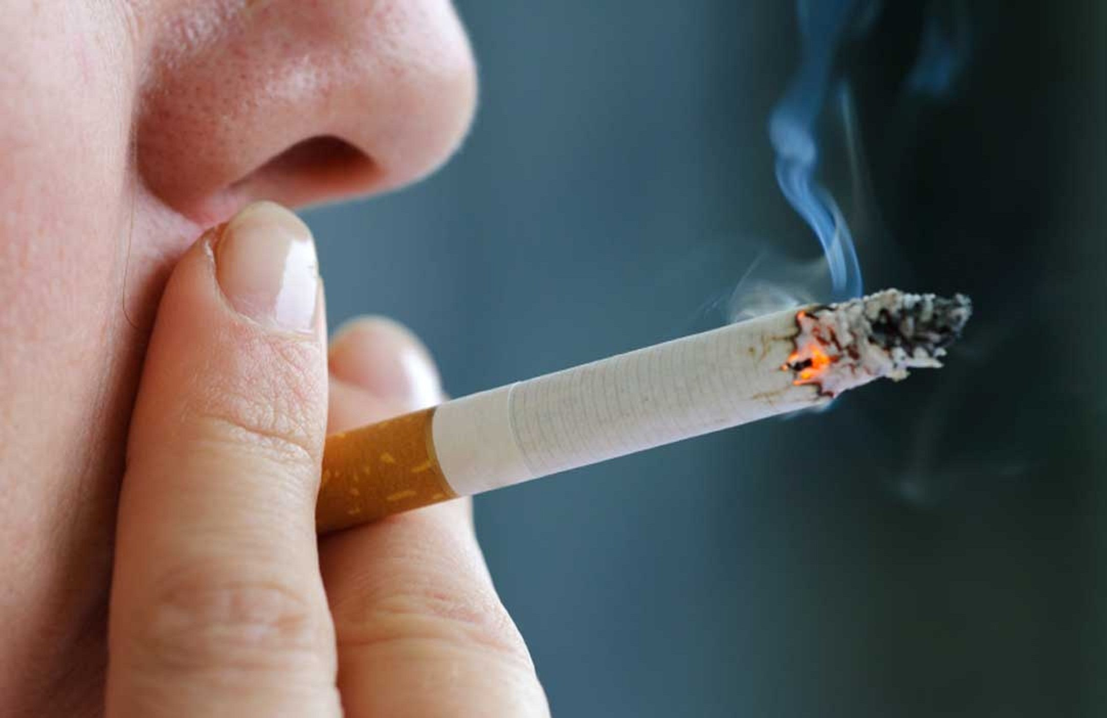 Паління в літаку коштувало британцеві багаторічного тюремного ув'язнення