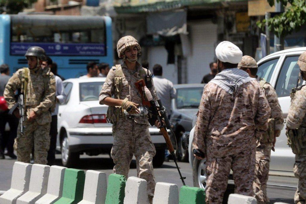 Горячий Восток: что ждет Иран после терактов в Тегеране