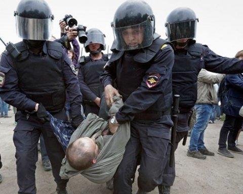 Росгвардия сообщила о жертве коварного нападения митингующих на Дне России