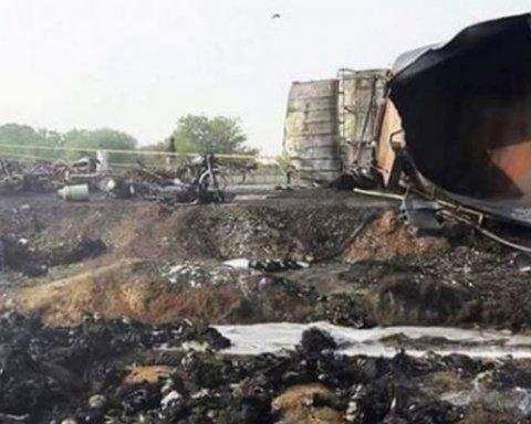 Смертельный пожар в Пакистане: погибли десятки человек, видео