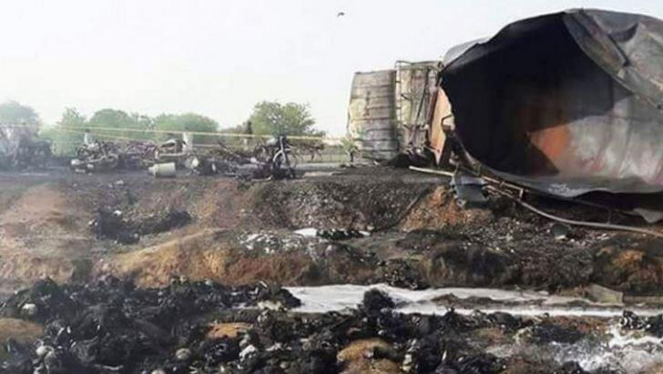 Из-за возгорания цистерны стопливом вПакистане погибли 123 человека