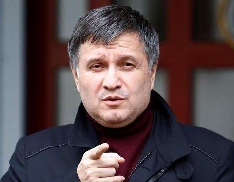 """Аваков повідомив про початок нової """"жорсткої"""" лінії поліції"""