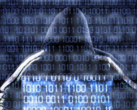 Украину предупредили о масштабной кибератаке