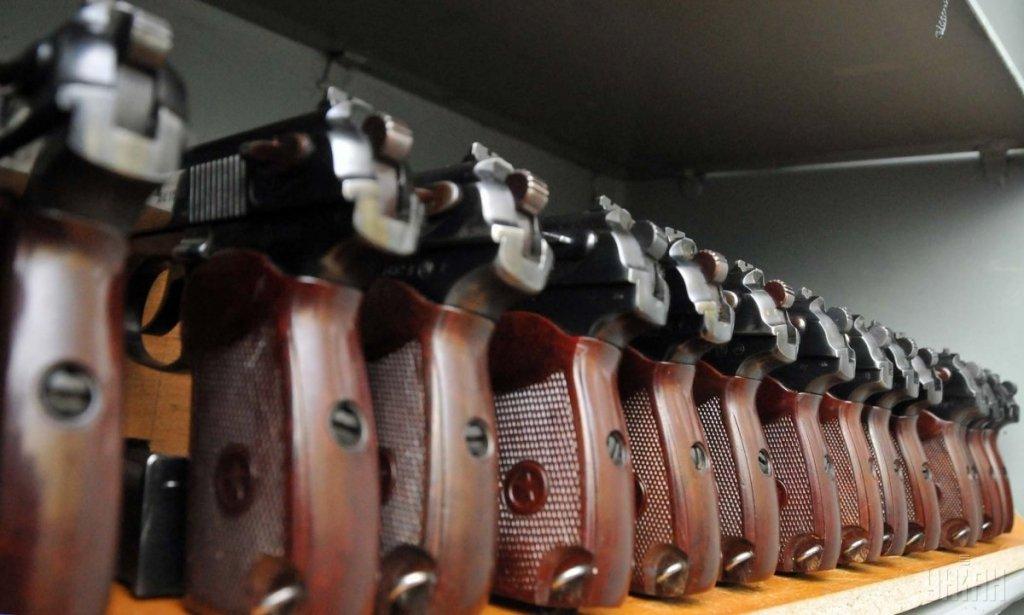 Раб или гражданин: нужна ли в Украине легализация оружия