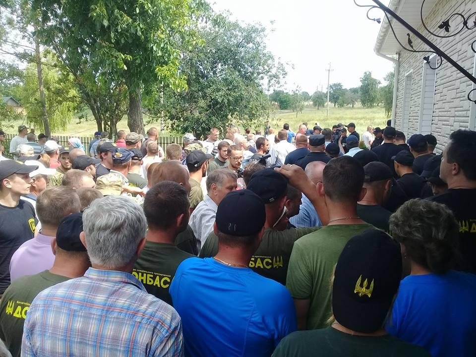 Жители села на Кировоградщине требуют отставки руководства полиции