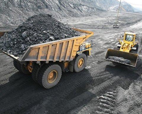 Україна стала витрачати ще більше грошей на імпорт вугілля з РФ