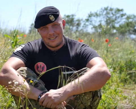 Воины АТО записали видеопоздравление для маленьких украинцев