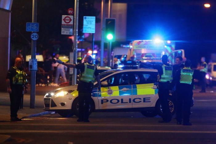 Теракт в Лондоне: количество погибших растет, украинцев среди пострадавших нет