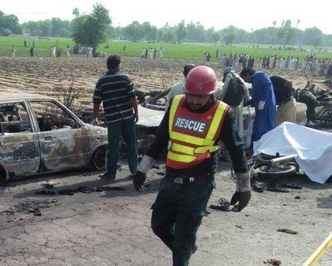 В Пакистане растет число жертв жуткого пожара