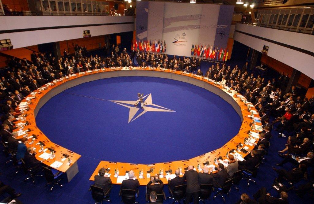 Украина идет в НАТО, но есть три серьезных препятствия