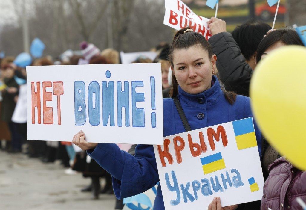Рефат Чубаров: силові структури та влада практично здали Крим