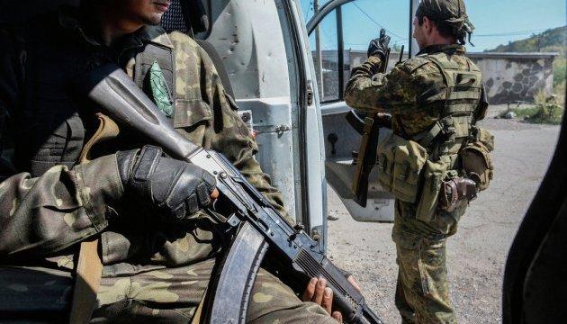 Доба вАТО: Двоє військових поранено, один травмований