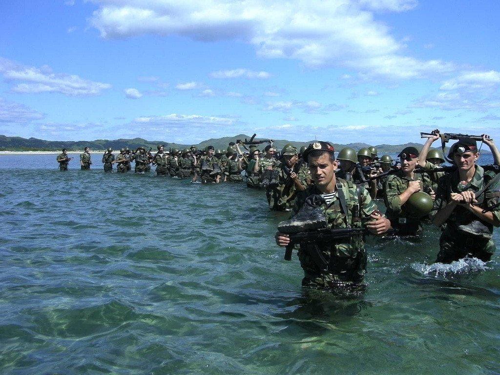 Россия перебросила в Крым морскую пехоту с Каспия