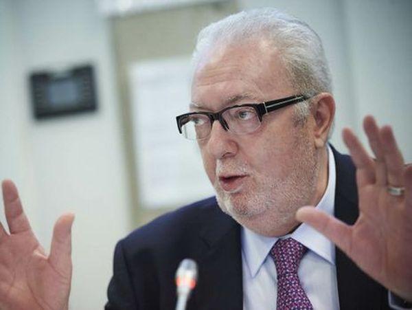 Друг Путіна Аграмунт поскаржився на «несправедливих» українців