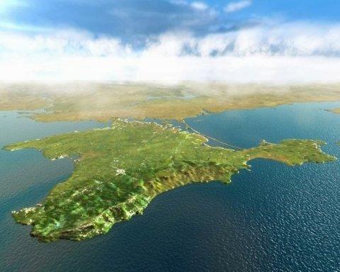И Керченский мост не помог: в сети показали пустые крымские пляжи