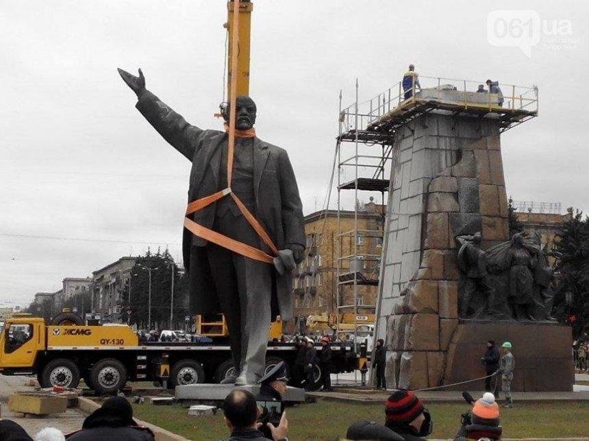 Україна запізнилась з декомунізацією – російський опозиціонер