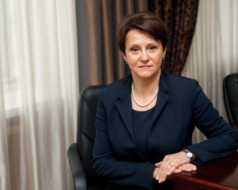 """Ціна """"євроблях"""": скільки коштує ввезти авто в Україну"""