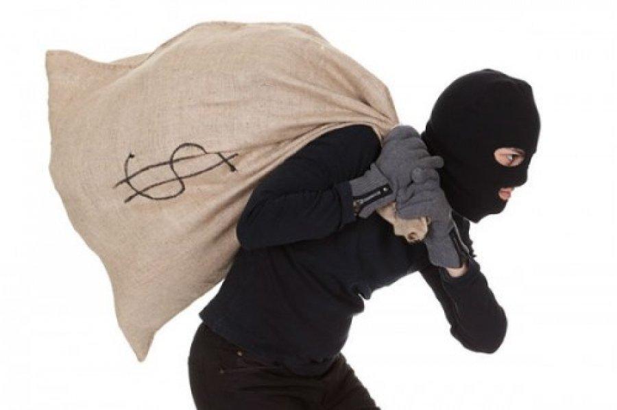 Ограбление магазина сыном нардепа: парня подозревают в серии разбойных нападений