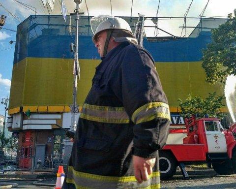 У Кличко сообщили предварительную версию причины пожара на Крещатике