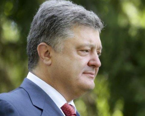 Порошенко заявив, що Україна зможе отримувати газ від Азербайджану