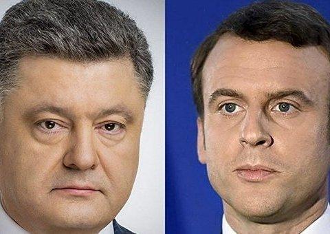 Порошенко обговорив з Макроном ситуацію на Донбасі: подробиці