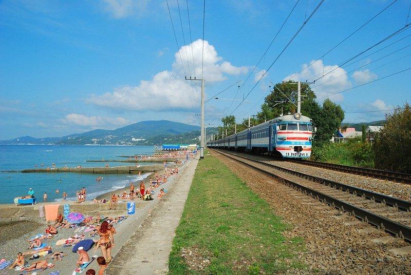 »Укрзализныця» продлила курсирование четырех поездов до курортов
