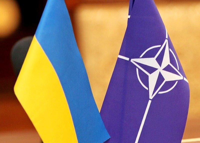 Не виживе: у Зеленського зробили гучну заяву про ЄС та НАТО