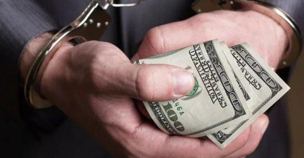 Охоронець нардепа від БПП затриманий на хабарі в 200 тис. доларів Опубліковано