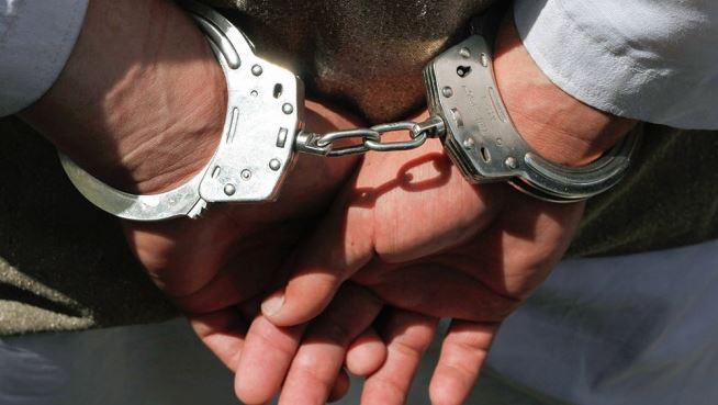 Поліція Італії відгородила консула від затриманого українського добровольця