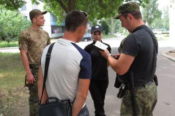 ВДружковке полицейские задержали боевика, воевавшего в 5-ти банформированиях ОРДЛО
