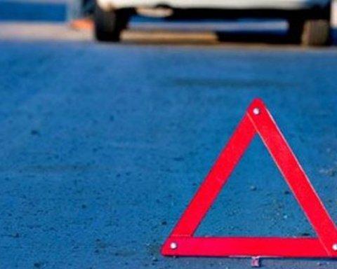 Моторошна аварія у Харкові: зіткнулись дві маршрутки, багато постраждалих