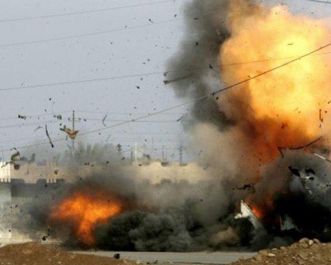 Кровавый теракт в пакистанском городе Лахор: обнародованы фото и видео