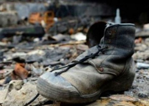 Останки тел так и лежат: в сети напомнили видео уничтожения боевиков на Донбассе