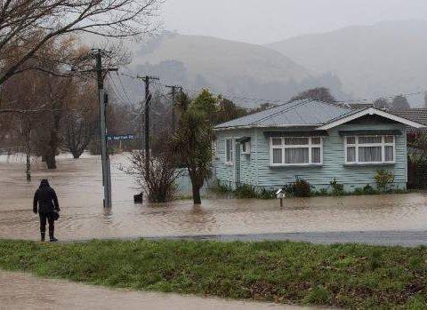 Киевлян предупредили о наводнении: что следует знать и как уберечься